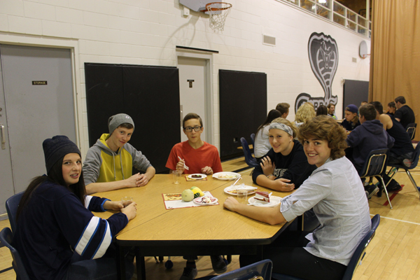 2014 10 21 - EC Spirit Week - Thanksgiving Banquet (3)