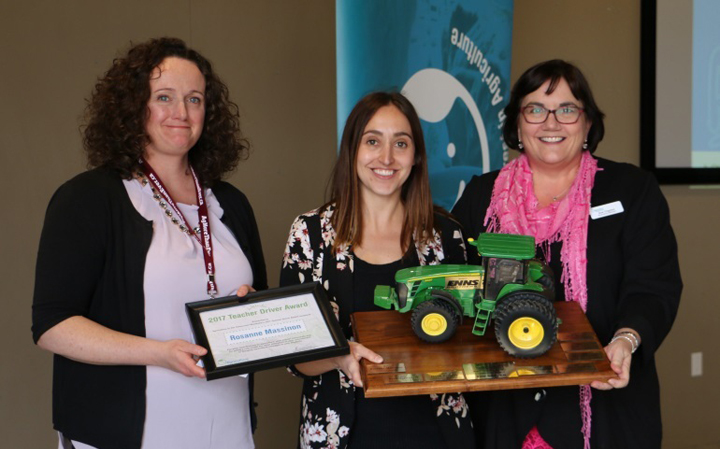 Teacher R. Massinon awarded 2017 Teacher Driver Award